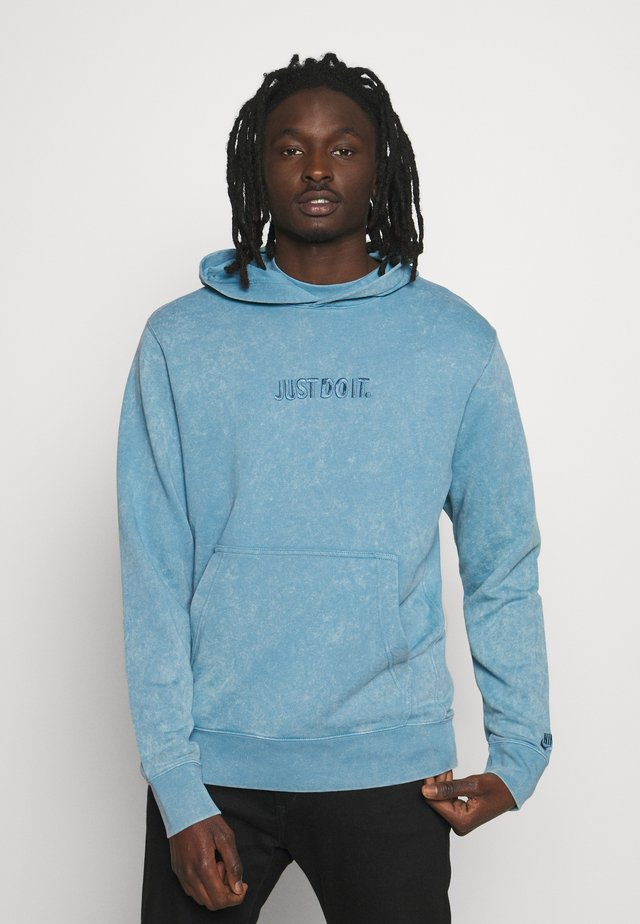 HOODIE WASH - Jersey con capucha - light blue