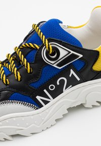 N°21 - Sneakers laag - blue/black