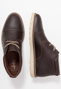 Clarks - Zapatos con cordones - dark brown - 1