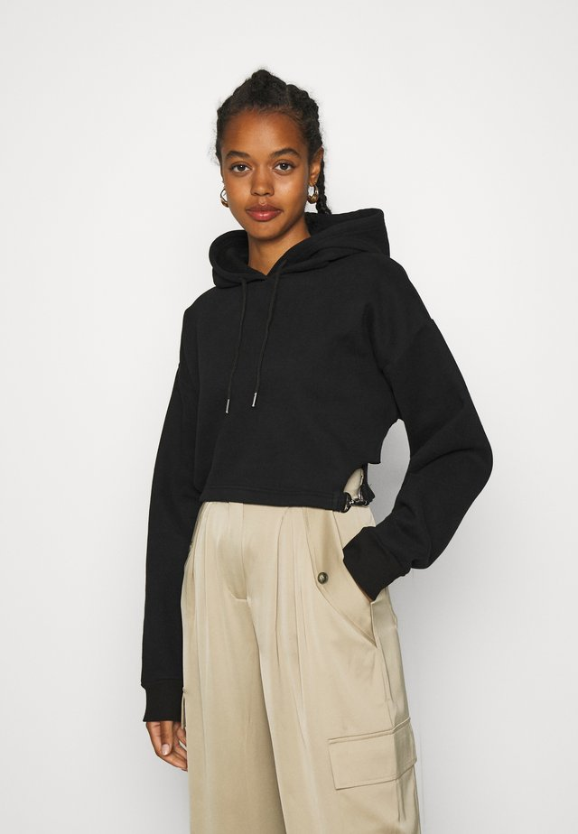 CUTOUT WAIST & TRIGGERS - Sweat à capuche - black