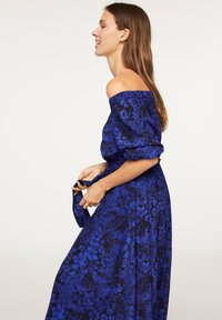 OYSHO - OFF-THE-SHOULDER TWO-TONE DRESS 31998115 - Day dress - blue - 4