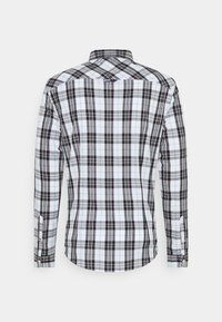 Tommy Jeans - SEASONAL CHECK SHIRT - Skjorta - white - 1