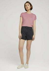 TOM TAILOR DENIM - Denim shorts - dark stone black black denim - 1