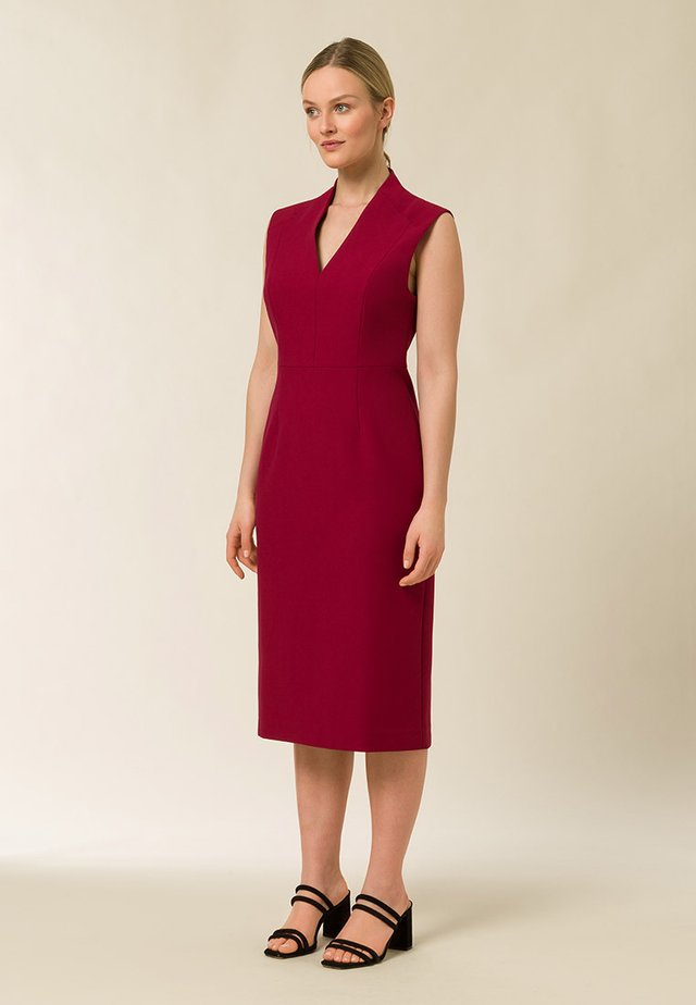 HIGH COLLAR DRESS - Tubino - cassis sorbet