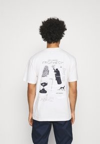 Edwin - UPCOMING PROPHECY UNISEX - Print T-shirt - whisper white - 0