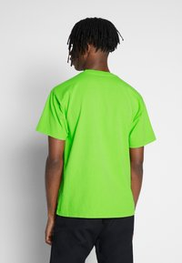 Obey Clothing - MIXED UP - Triko s potiskem - bright lime - 2