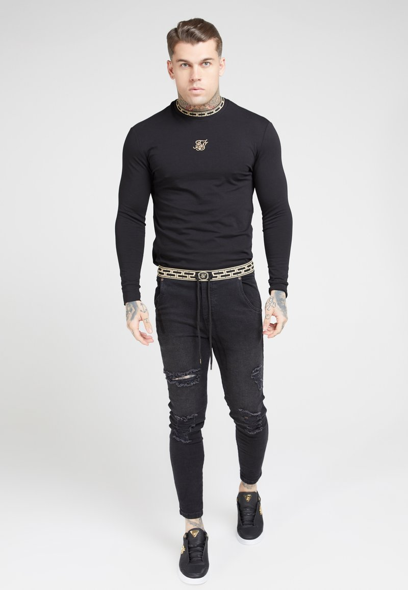 SIKSILK - LONG SLEEVE CHAIN TAPE COLLAR GYM TEE - Maglietta a manica lunga - black