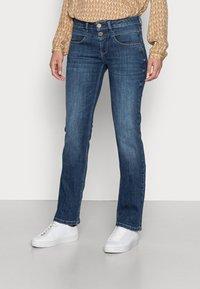 Freeman T. Porter - MADIE - Straight leg jeans - manisto - 0
