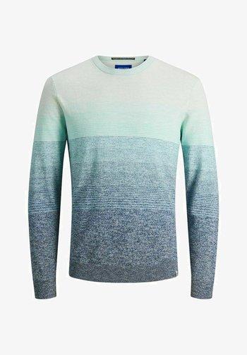 Stickad tröja - pale blue