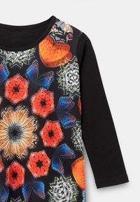 Desigual - KELLY - Long sleeved top - black - 2