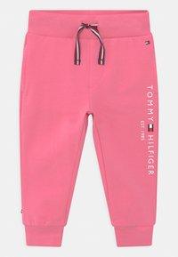 Tommy Hilfiger - BABY ESSENTIAL SET  - Survêtement - exotic pink - 2