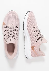 Nike Performance - QUEST 2 - Juoksukenkä/neutraalit - stone mauve/metallic red bronze/black - 1