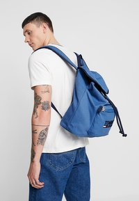Tommy Jeans - HERITAGE BACKPACK - Rucksack - blue - 1