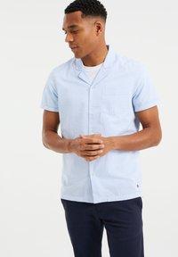 WE Fashion - Shirt - light blue - 0