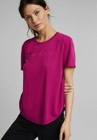 Esprit Sports - MIT LOGO-PRINT - Print T-shirt - pink - 0