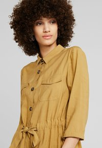 mbyM - HENRIETTA - Shirt dress - dijon - 4