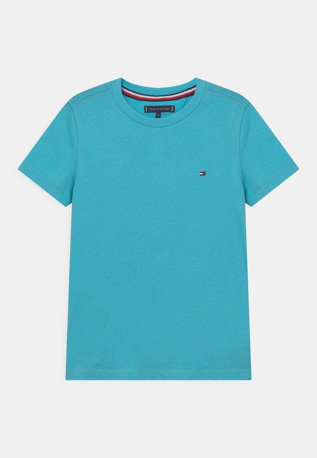 ESSENTIAL - T-shirt - bas - bluefish