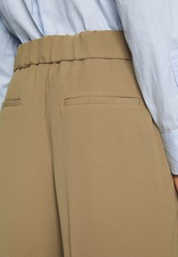 Banana Republic - Trousers - beige - 4