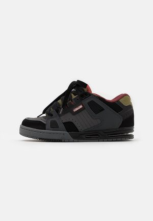 SABRE - Skate shoes - charcoral/black/iron