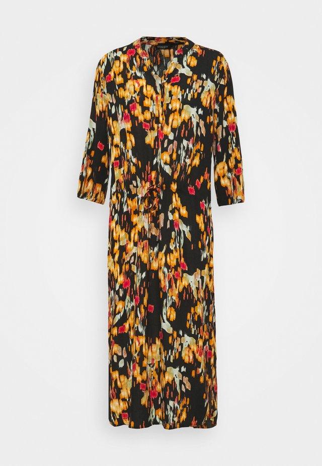 ZAYA DRESS - Długa sukienka - brown