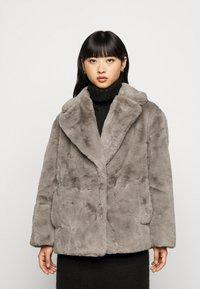 New Look Petite - Zimní bunda - dark grey - 0