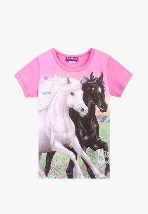 MISS MELODY - Print T-shirt - fuchsia pink