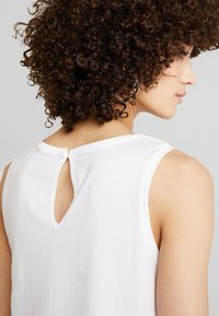 edc by Esprit - CRECHT - Top - white - 3