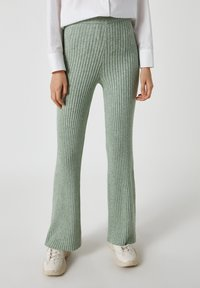 PULL&BEAR - Pantaloni - green - 0