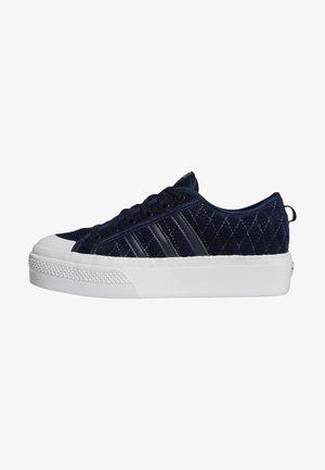 Baskets basses - blue