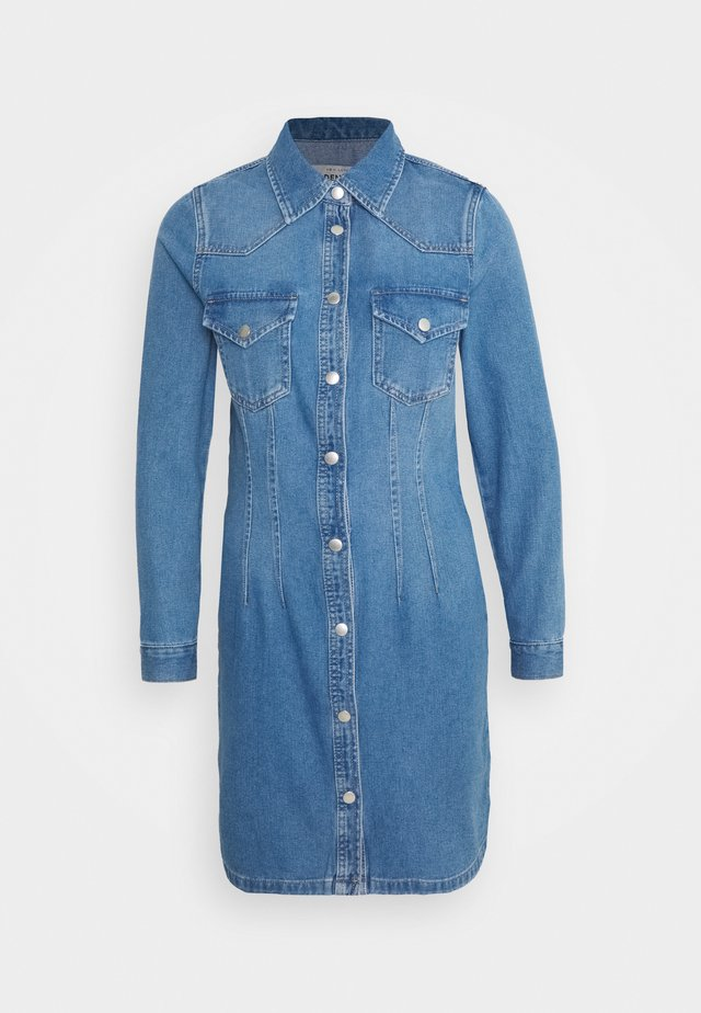 RONDA DART DRESS - Jeanskleid - mid blue