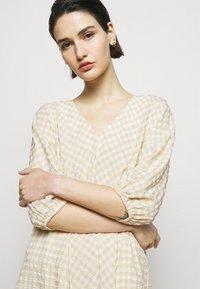 Bruuns Bazaar - SEER ALLURE DRESS - Day dress - sand/white check - 3