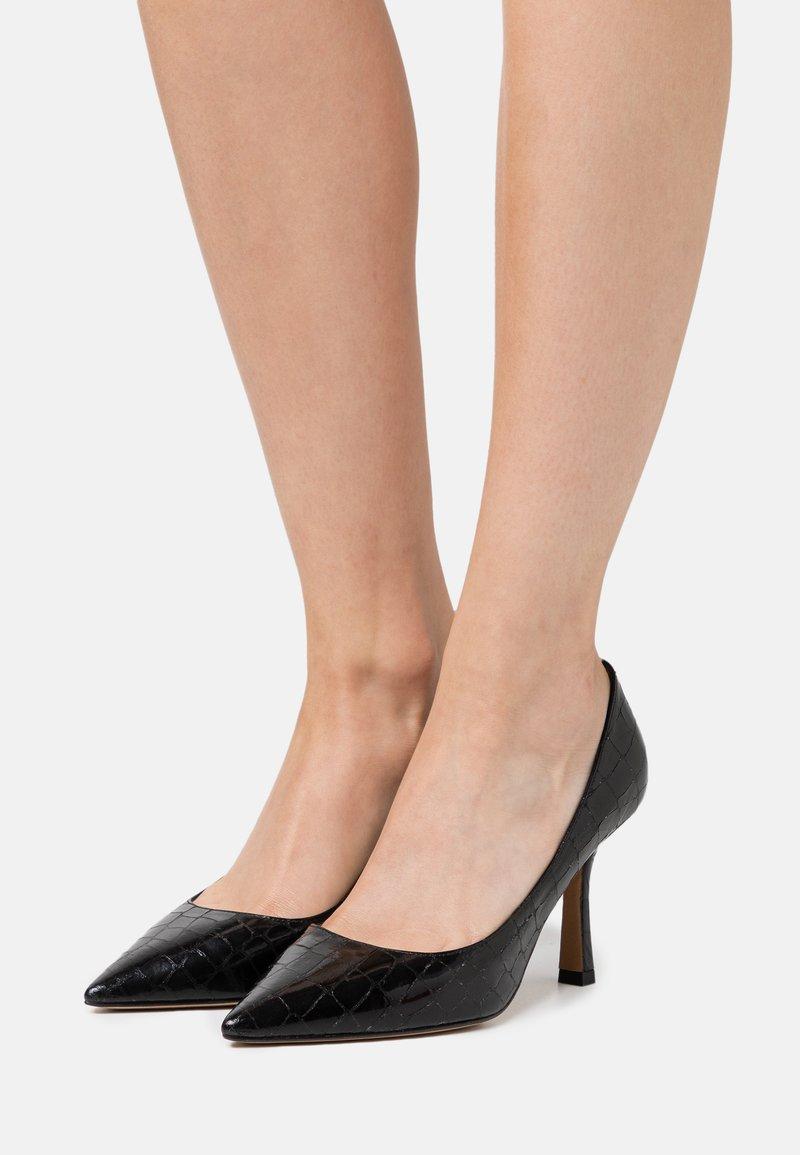 Pura Lopez - High heels - metal black