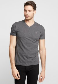 GANT - ORIGINAL SLIM V NECK - T-shirt - bas - anthracite - 0