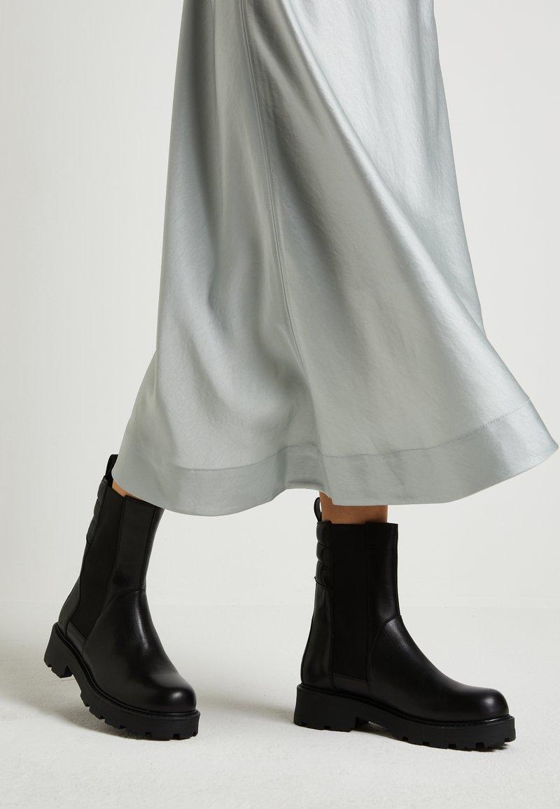 Vagabond - COSMO - Platform ankle boots - black