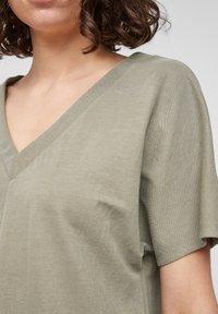 s.Oliver - Basic T-shirt - summer khaki - 3