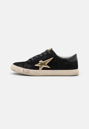 CITY - Trainers - black/gold