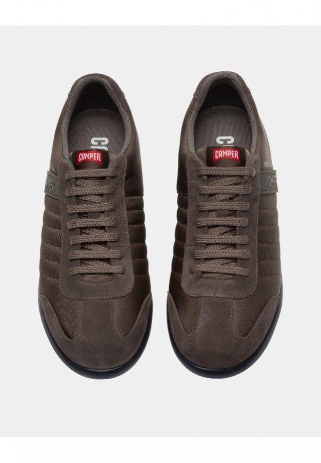 PELOTAS XLITE 18302-137 SNEAKER HERREN 39 - Sneaker low - braungrau