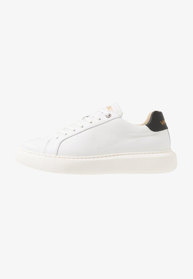VITTORIO - Sneakers - white