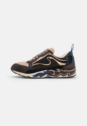 Sneakers laag - marron foncé