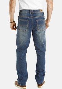 Jan Vanderstorm - TIEFBUNDJEANS JANI - Relaxed fit jeans - blau - 1