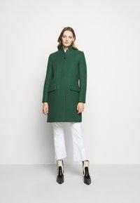 CLOSED - PURE PORI - Classic coat - green - 0
