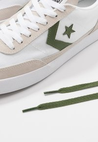 Converse - NET STAR - Trainers - white/cypress green/egret - 9