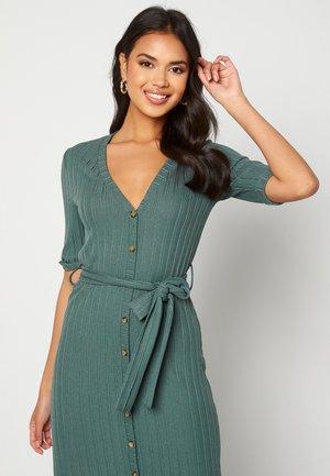 SANDIE - Jumper dress - green