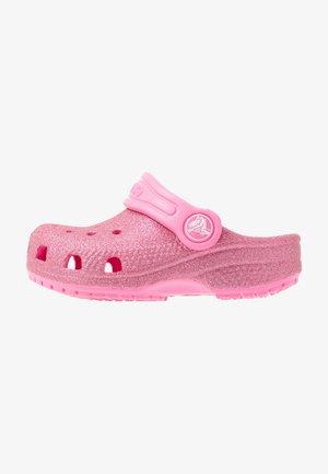 CLASSIC GLITTER - Sandály do bazénu - pink lemonade