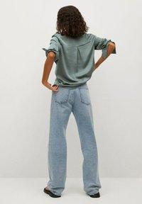 Mango - FLUIDE  - Button-down blouse - vert - 2