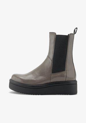 TARA - Ankle boots - bark