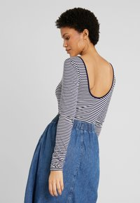 Levi's® - JOSIE  - Long sleeved top - sea captain blue/cloud dancer - 2