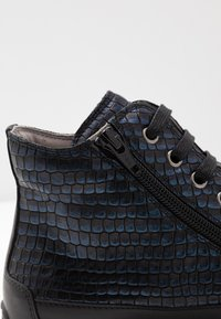 Candice Cooper - PLUS - Sneakers high - ninja blu/nero - 2