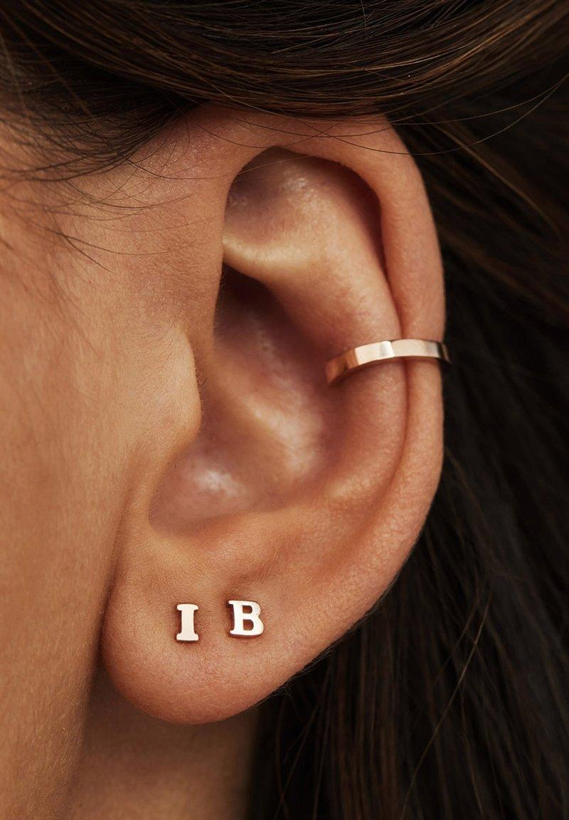 Isabel Bernard - Earrings - roségold
