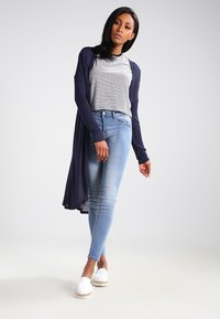 ICHI - ERIN - Jeans Skinny Fit - bleached light blue - 2